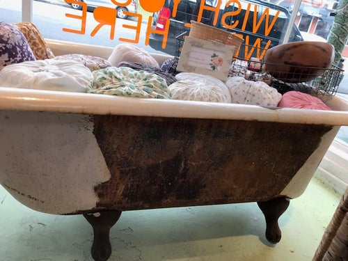 Image of Vintage Claw Foot Tub