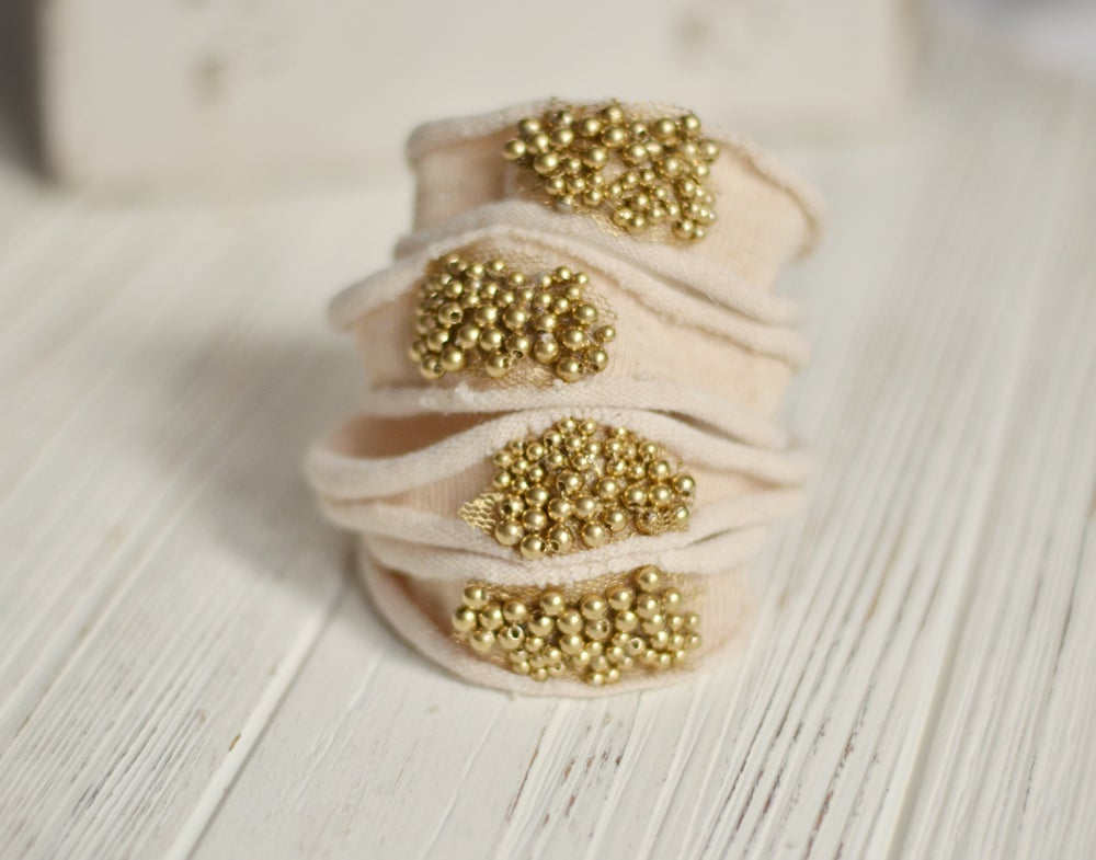 Image of Gold pearls headband