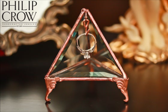 Image of Glass Ring Holder Pyramid - Jewelry Display Case