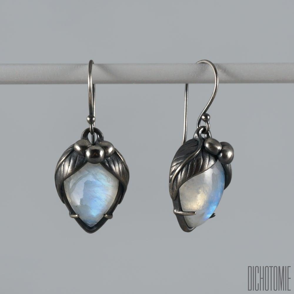 Image of La Belladonna Earrings Rainbow Moonstone