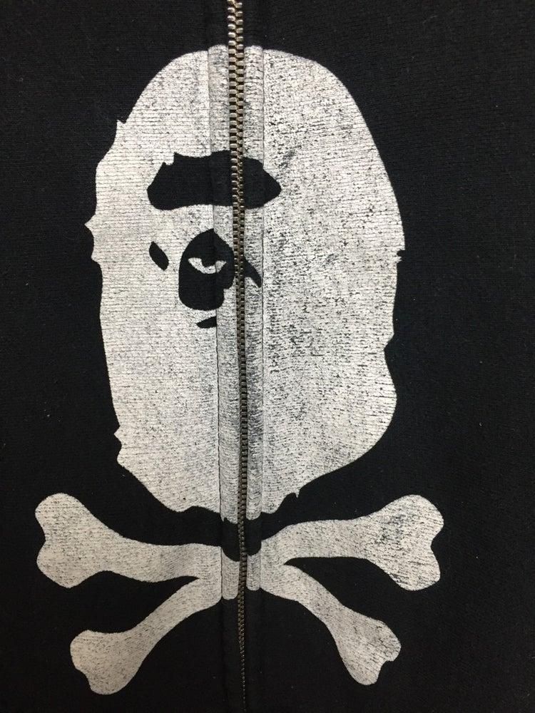Image of Vintage Bape Skull and Bones Hoodie