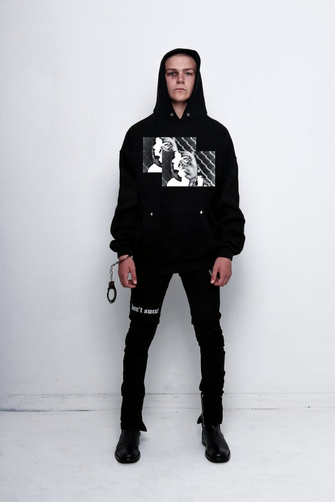 "Image of ""RUN AWAY"" Hooded Sweatshirt"