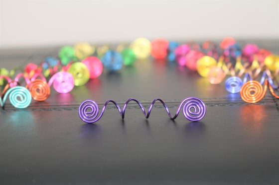 Image of 5 Assorted Swirl Hair Jewels