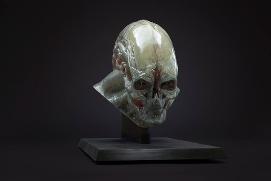 Image of 1:1 Newborn Alien Bust