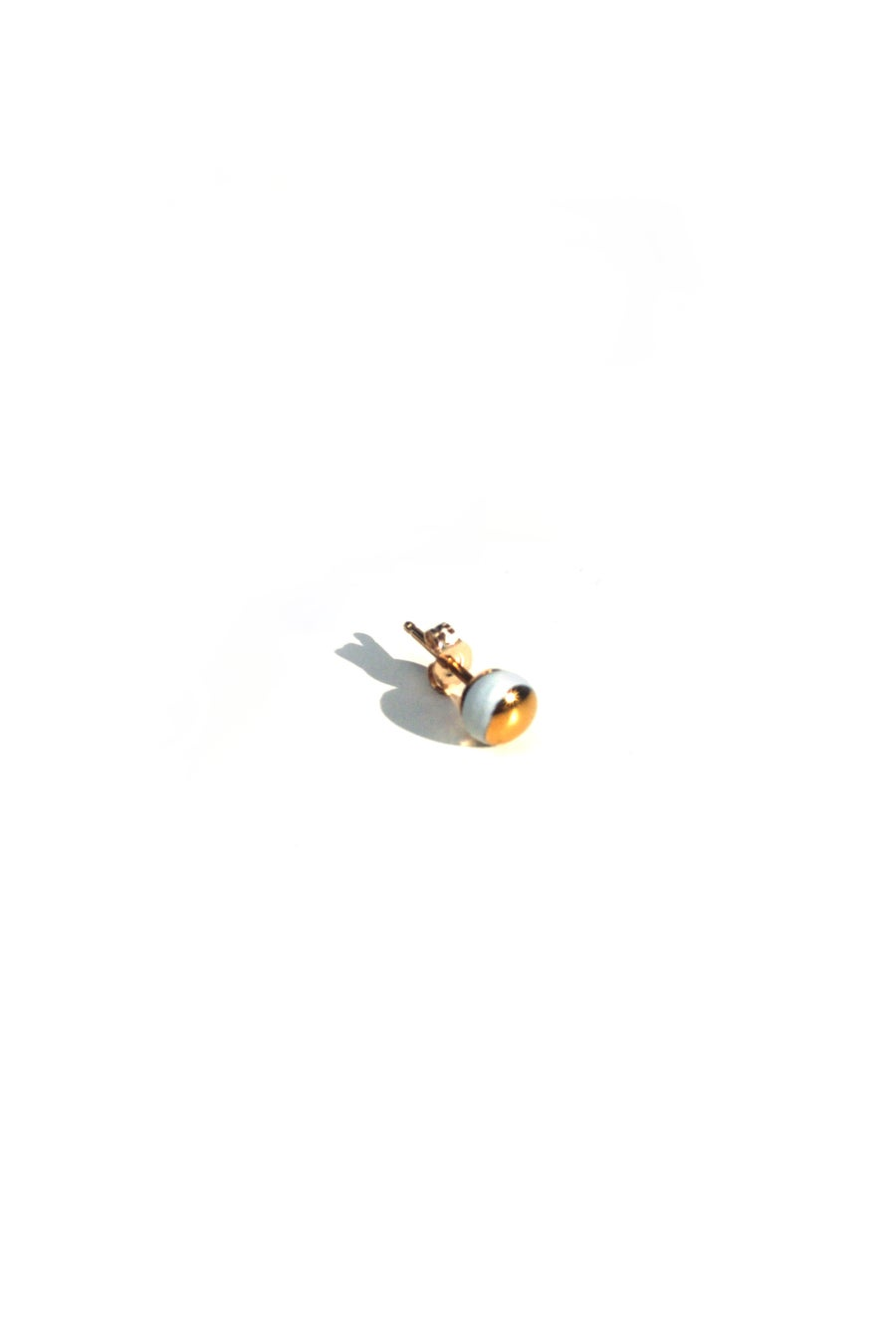 Image of 14k gold dot earring