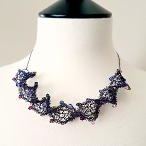 Image of Wire Twirl Necklace Knitting Kit - Iris