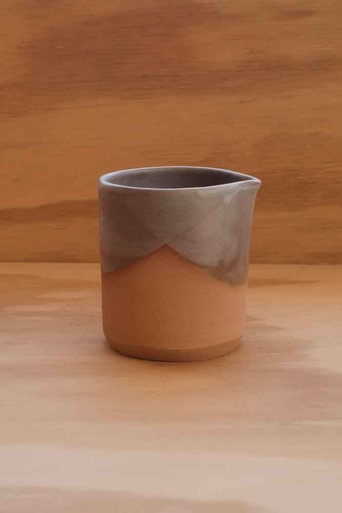 Image of Pouring Beaker (Linen)