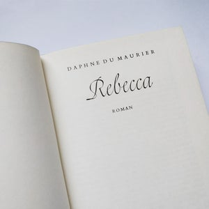 Image of Daphne Du Maurier - Rebecca - German Translation