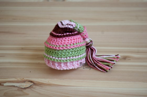 Image of Garden Tassel Hat- Coral, Sage, Pink and Brown