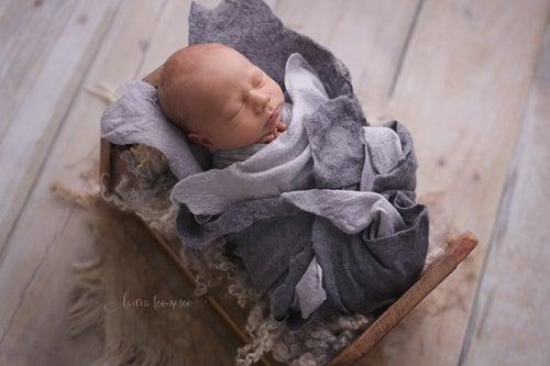 Image of Merino Silk Dark Silver Felted Layer