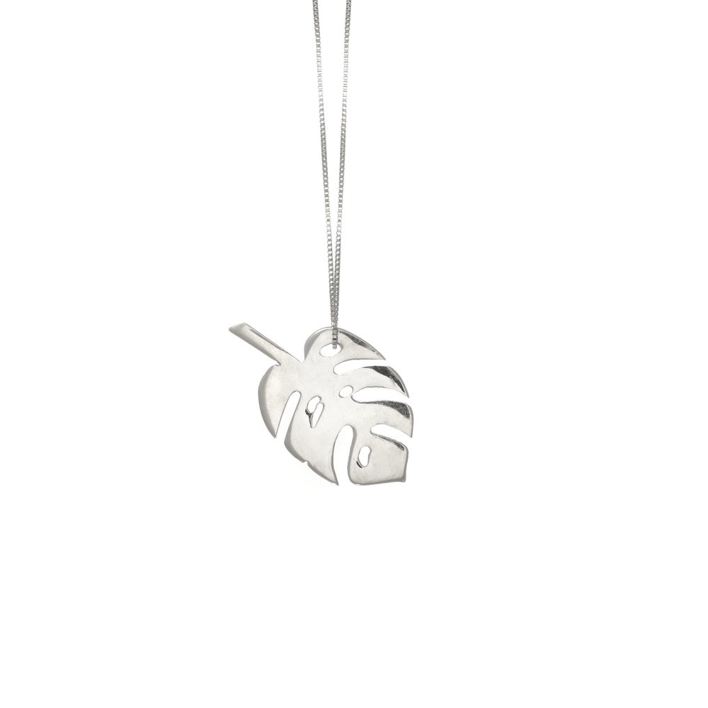 Image of Monstera Silver Necklce Large
