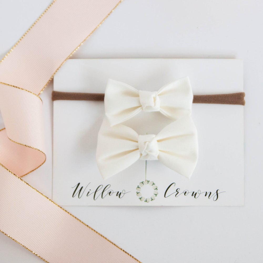 Image of Cream Knotted Bow Sister Set