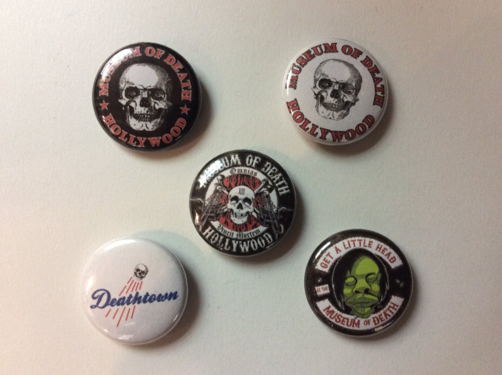 """Image of 1"""" Buttons (various)"""