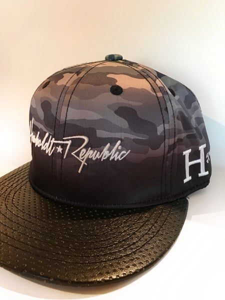"""Image of """"Melted Disguise"""" Ombre Camo Snapback Hat"""