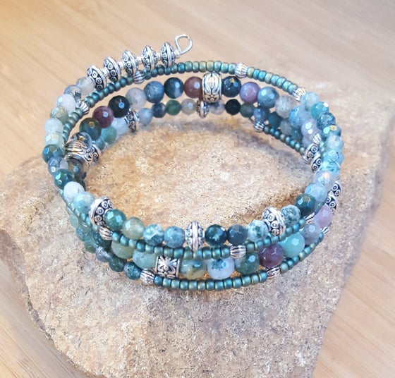 Image of Gemstone Wrap Bracelet in Green