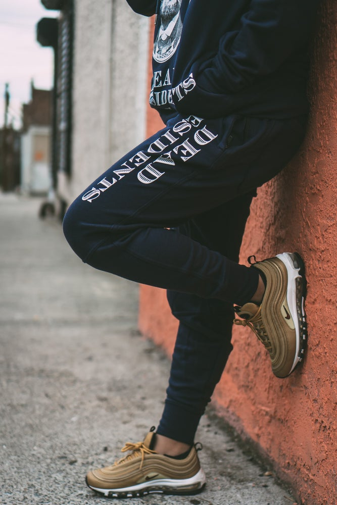 Image of DEAD PRESIDENTS JOGGER (NAVY)