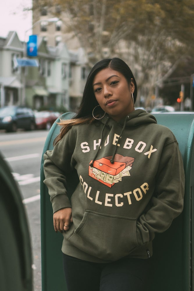 Image of SHOEBOX COLLECTOR HOODY (OLIVE)