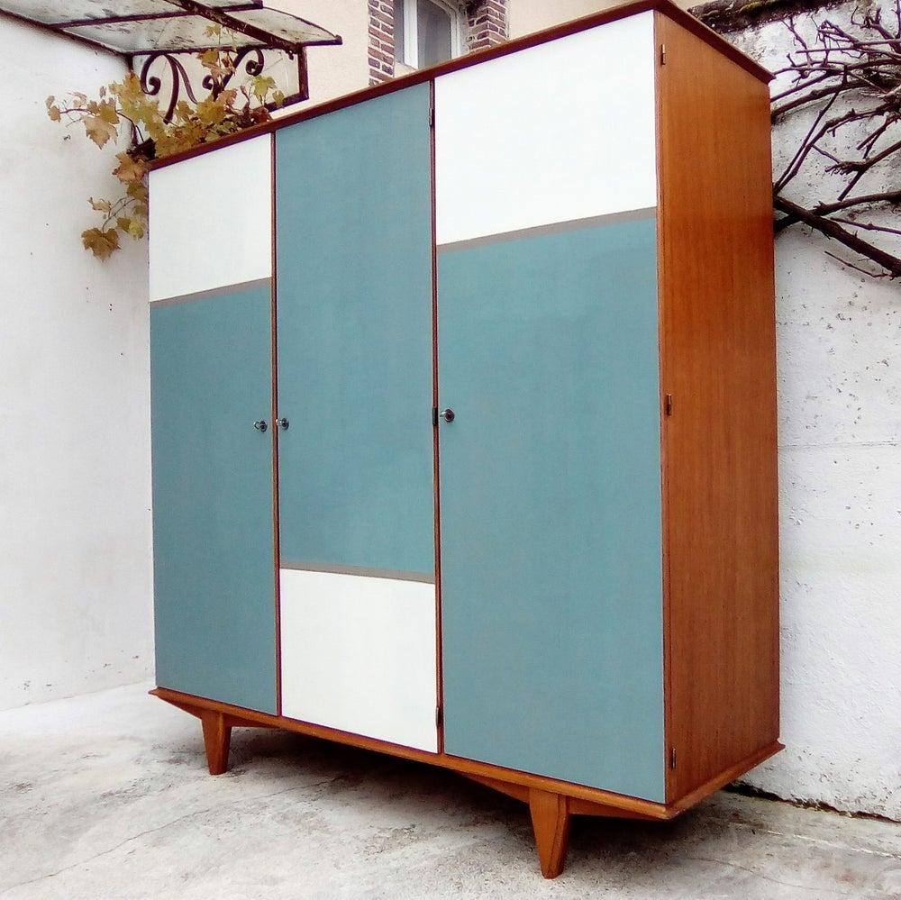 Image of Grand dressing 3 portes vintage