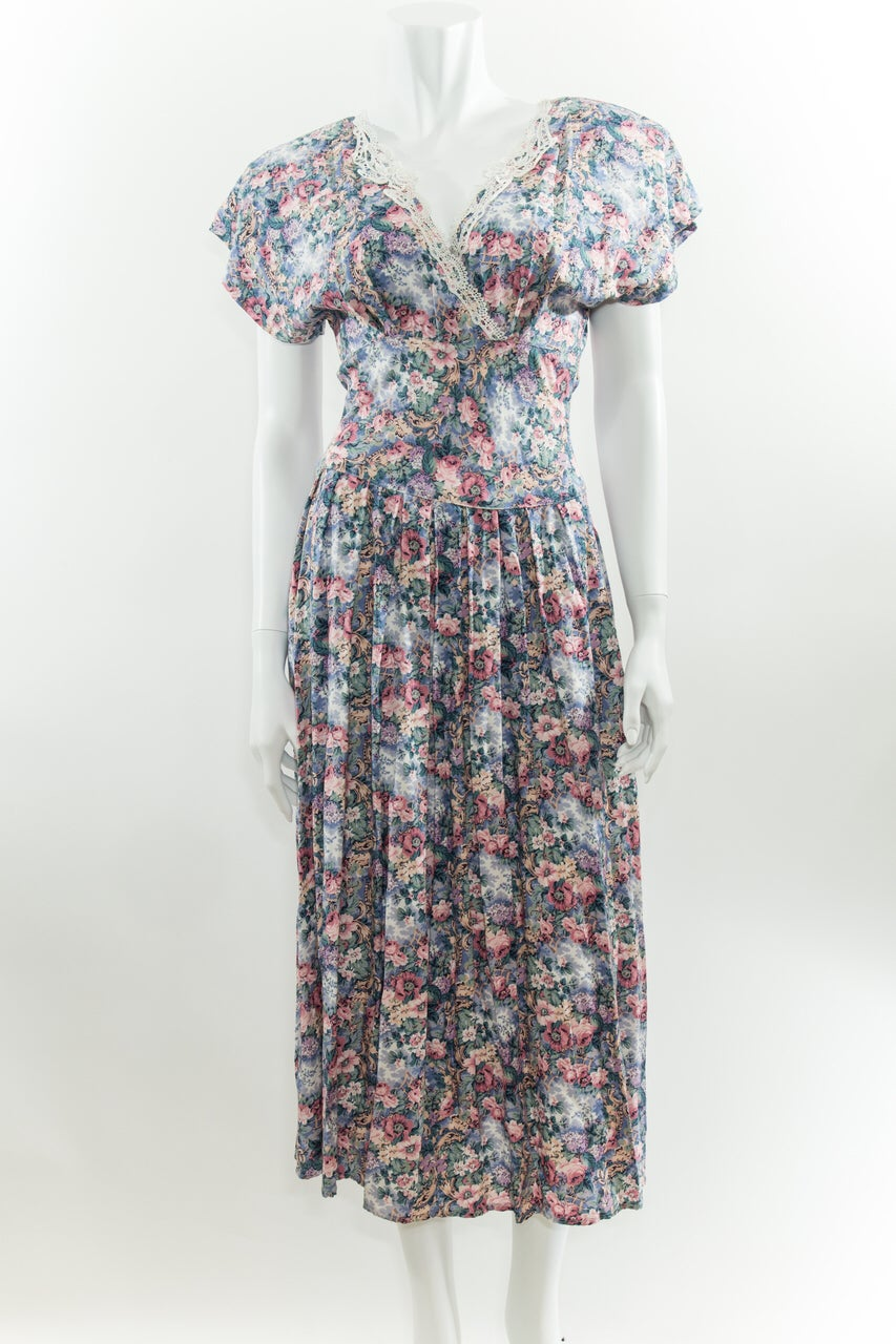 Image of 90s Floral Dress