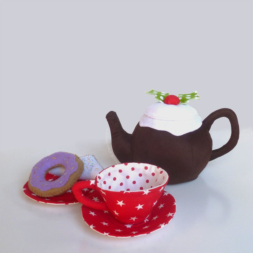 Image of Handmade Fabric 'Night Before Christmas' Themed Tea Set