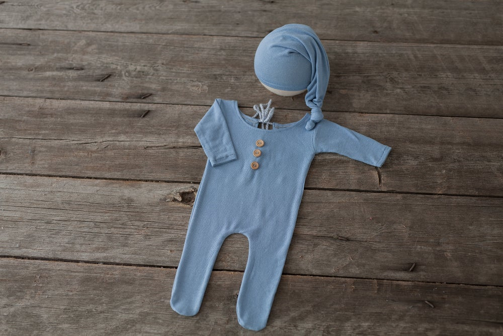 Image of ETHAN SET - FOOTED PAJAMAS AND SLEEP HAT - NEWBORN SIZE