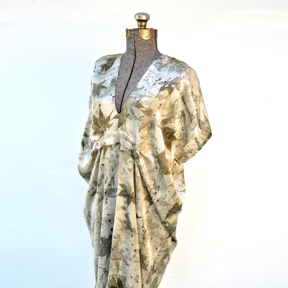 Image of Japanese maple easy kaftan