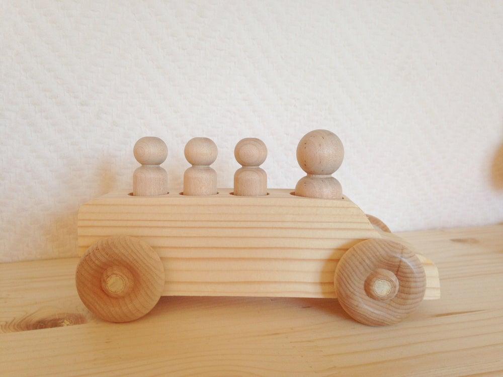 Image of CréaKit : Mini-Van + 4 personnages