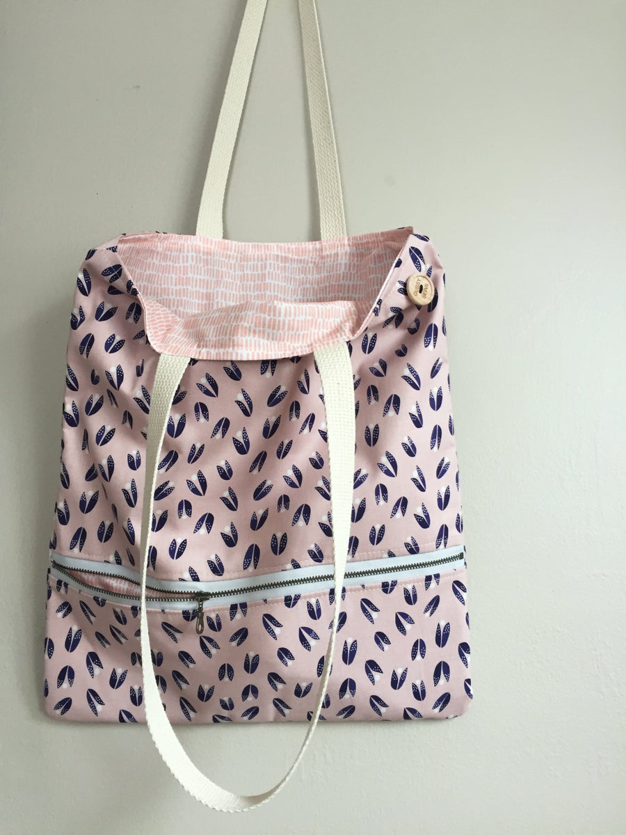 Image of Blush & Navy Everyday Bag