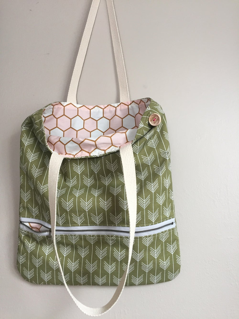 Image of Olive & Honeycomb Everyday Bag