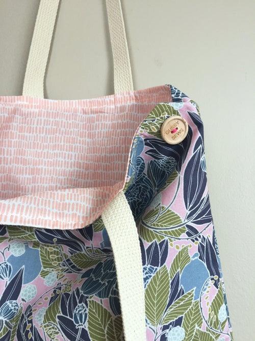 Image of Navy Garden Everyday Bag