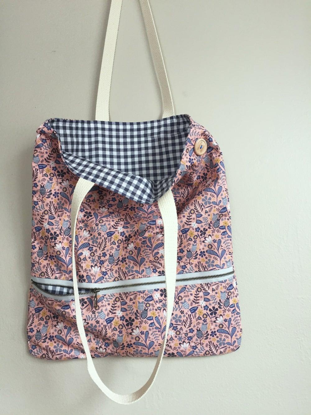 Image of Blush Garden Everyday Bag