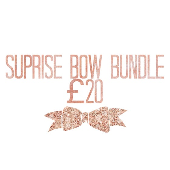 Image of Suprise bow bundle £20 with 1 personalised bow