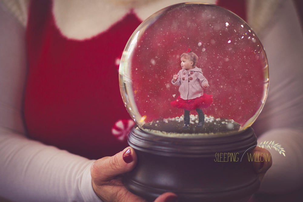 Image of 2017 Mrs. Claus Snowglobe Digital Template