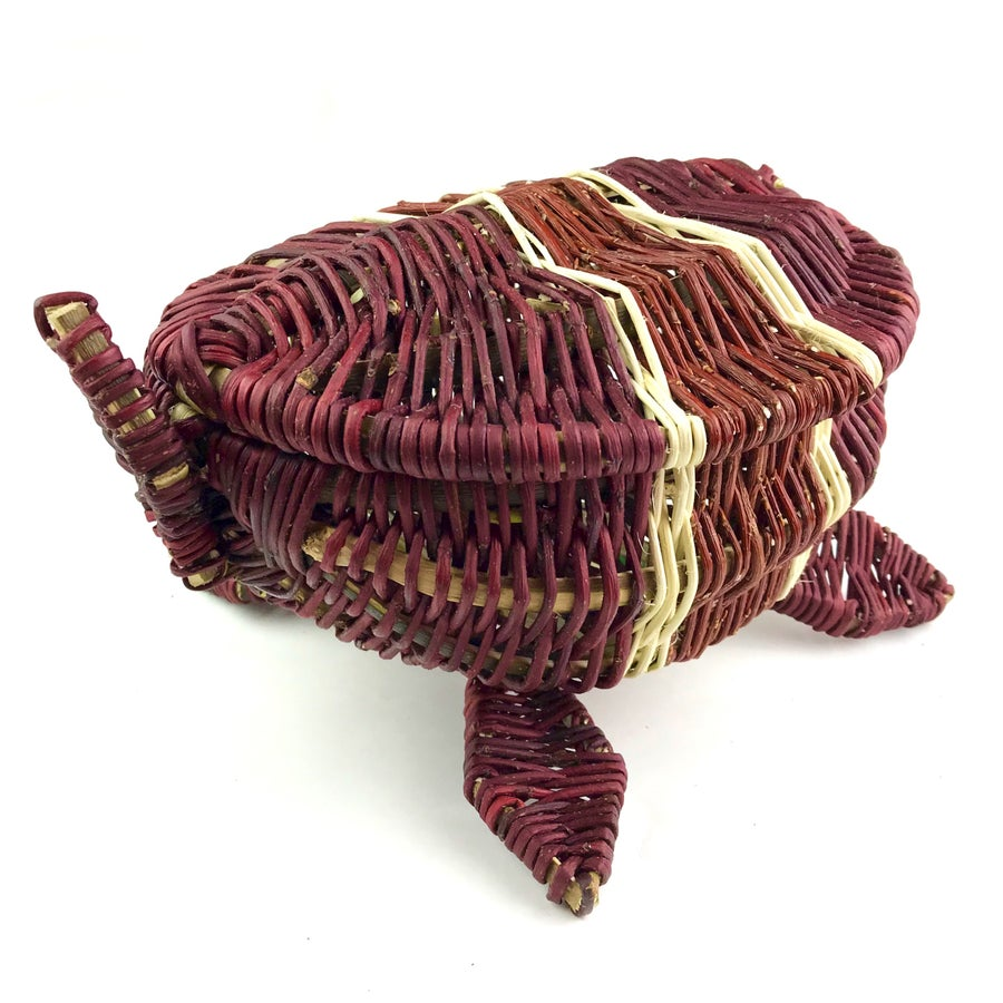 Image of Red Willow Basket - Mikinaak