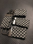 Image of Houndstooth  key chains