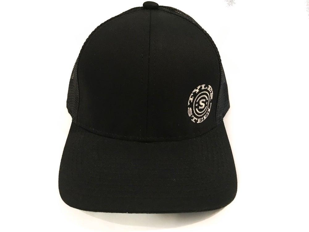 Image of Black & White Hat