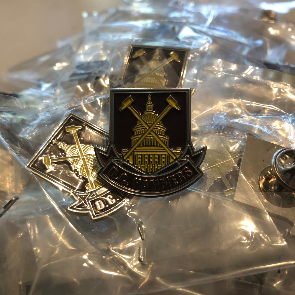 "Image of D.C. Hammers ""Capitol"" Pin Badge"