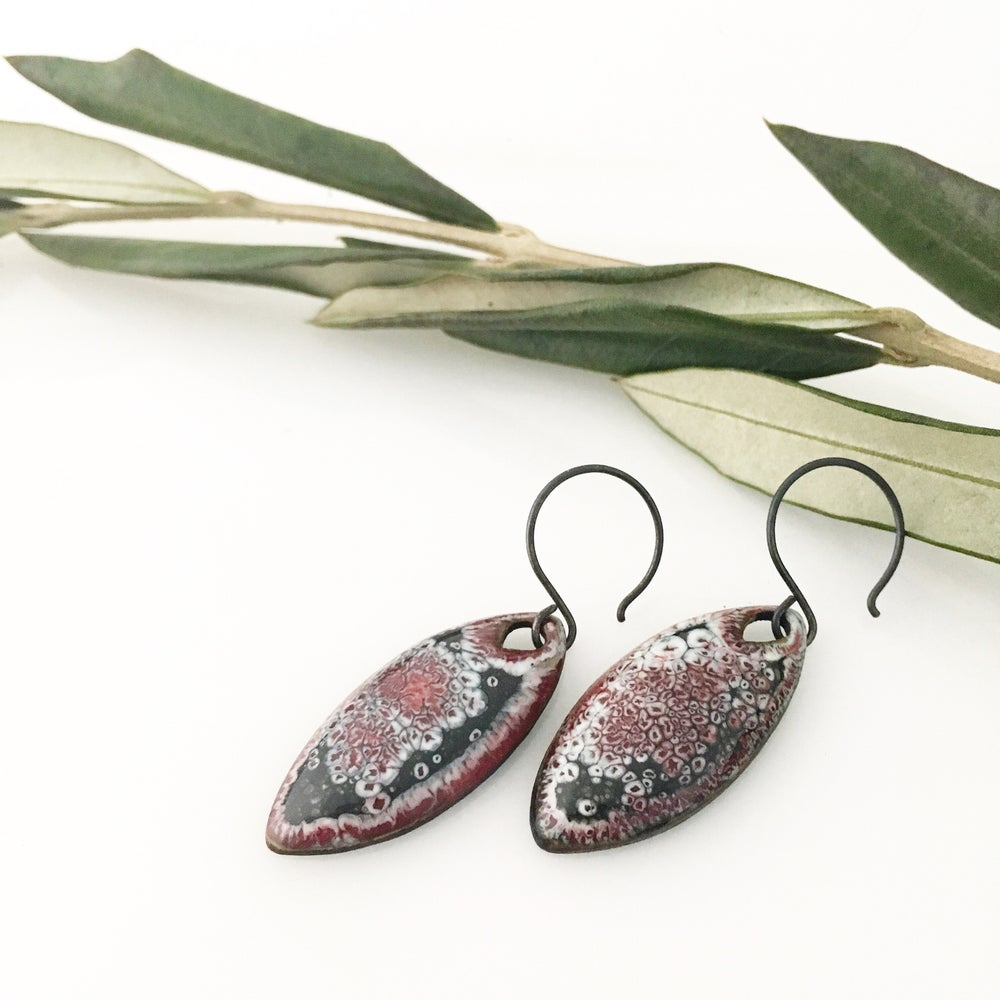 Image of space spear earrings (red)