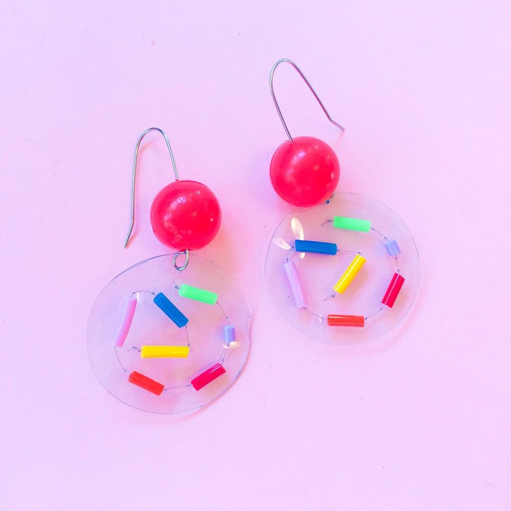 Image of Rainbow bubble confetti earrings