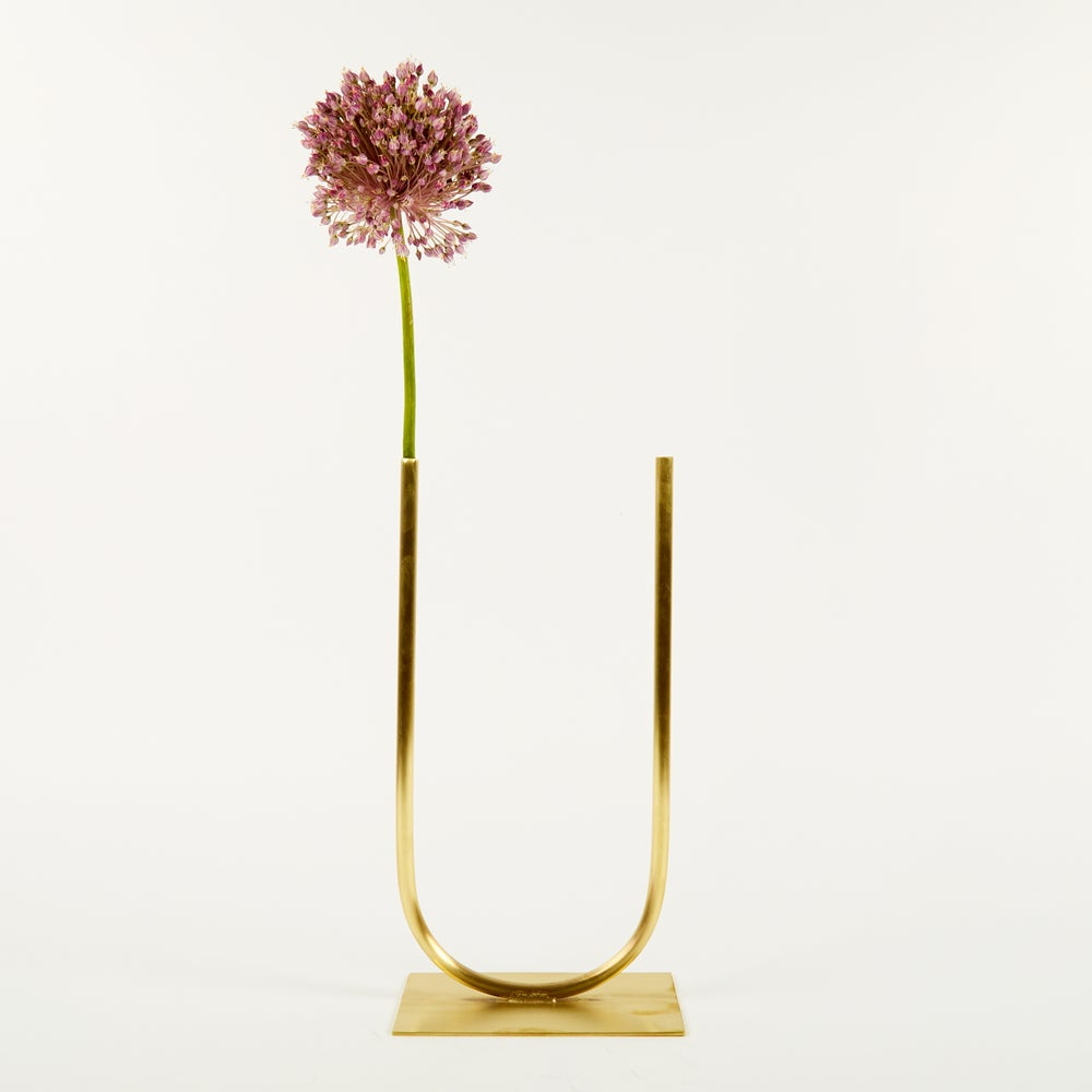 Image of Vase 00220 - Even U Vase