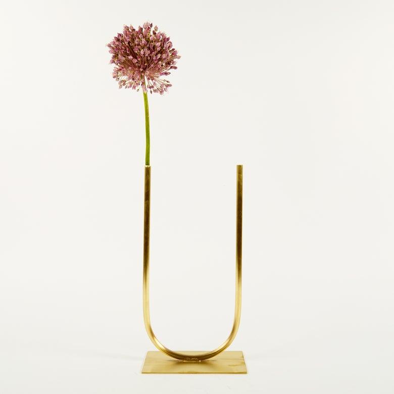 Image of Vase 00220 - Even U Vase