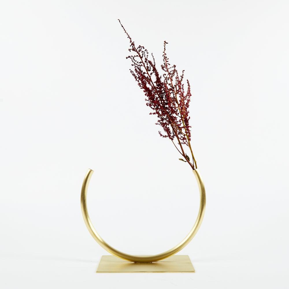 Image of Vase 482 - Towards a Circle Vase