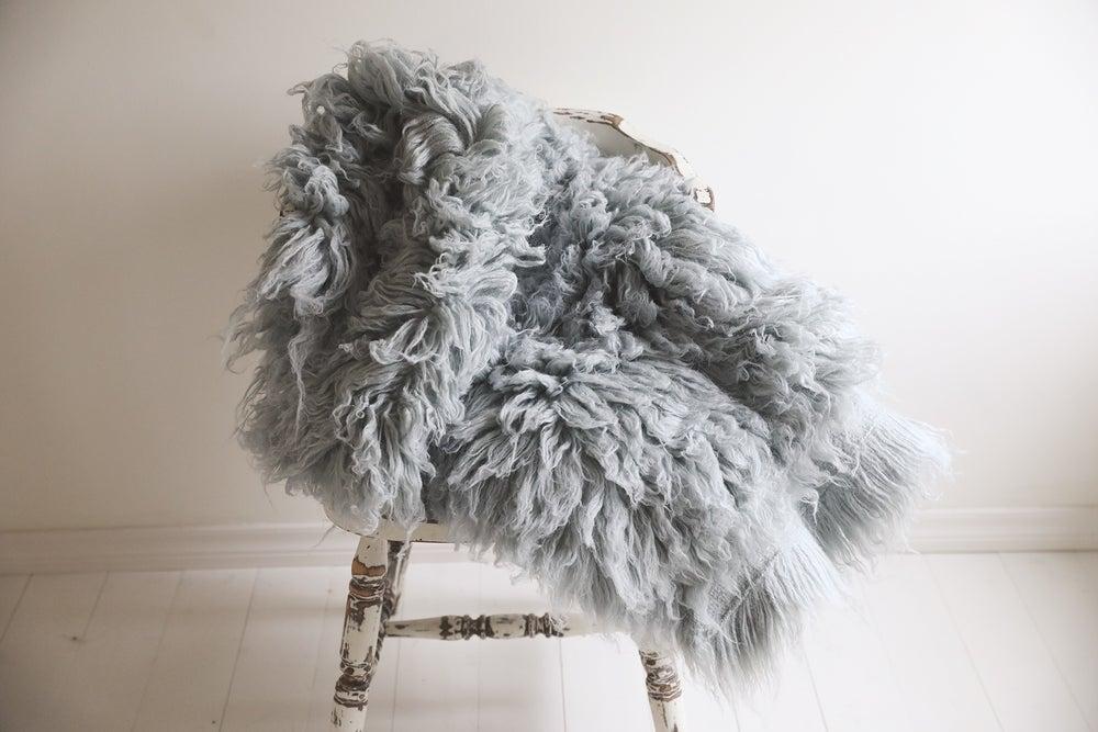 Image of Medium Grey Blue Flokati