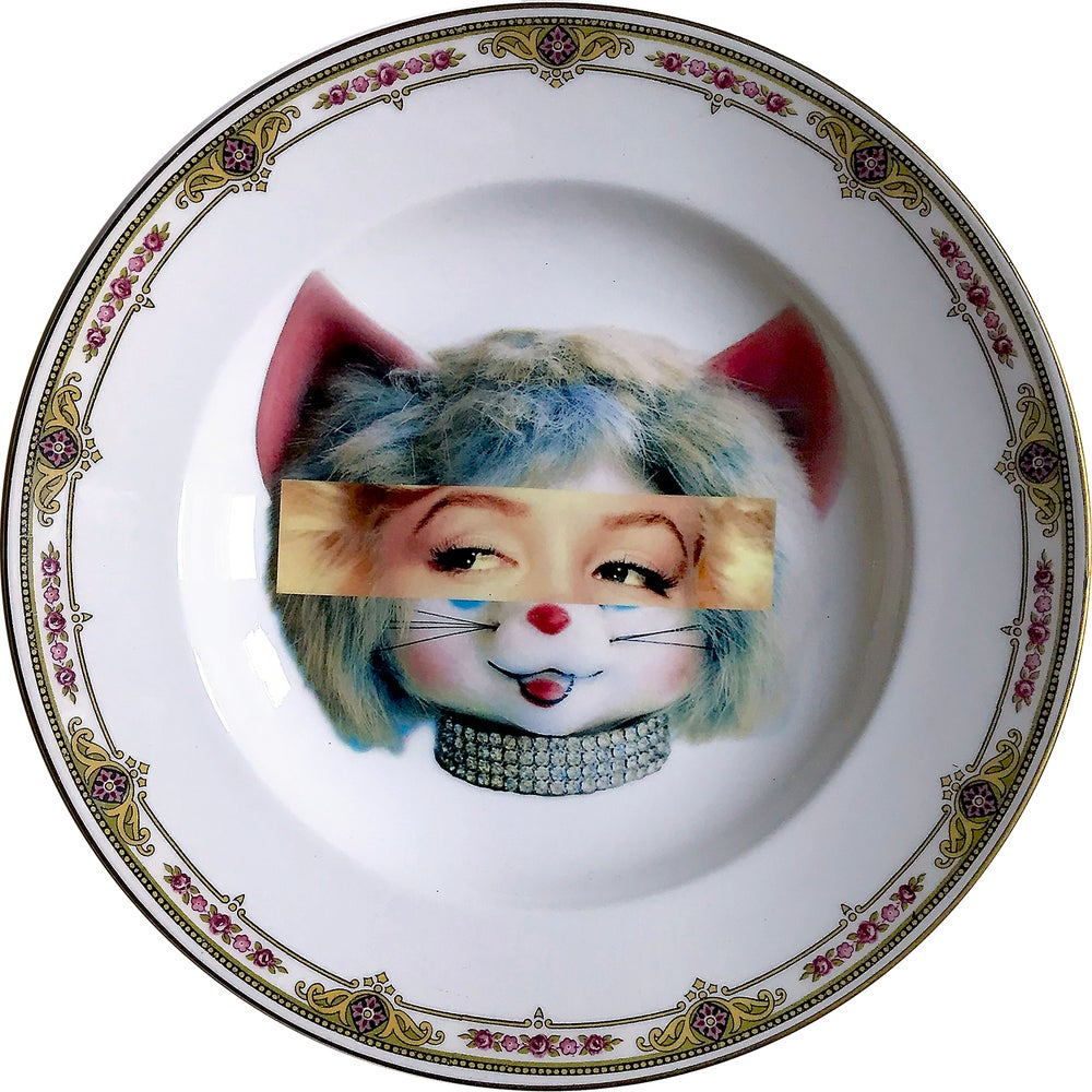 Image of Marilyn Kitsch Face - Vintage Porcelain Plate - #0579