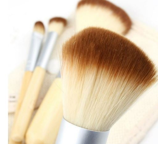 Image of 4 piece Bamboo Natural and cruelty free brush set