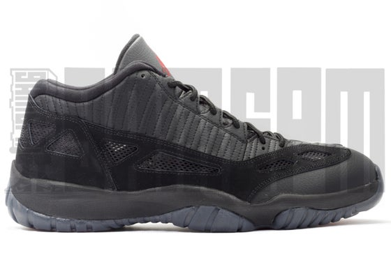 "Image of Nike AIR JORDAN 11 RETRO LOW ""REFEREE"""