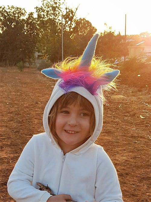 Image of Rainbow Unicorn קד קרן צבעוני