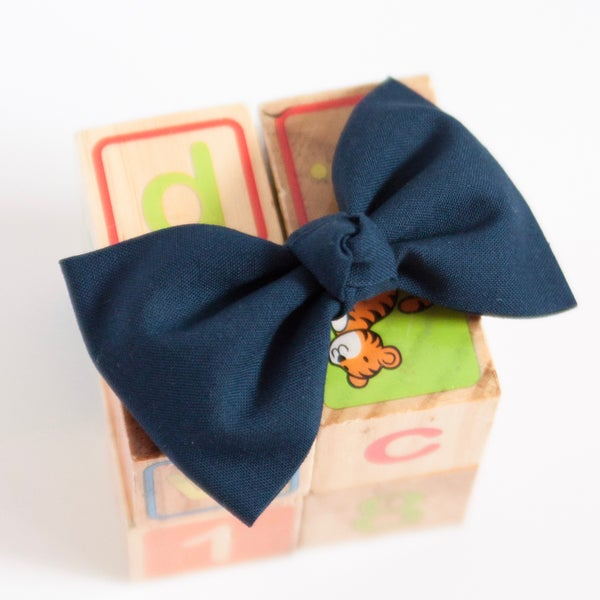 Image of Navy Knotted Ballet Bow