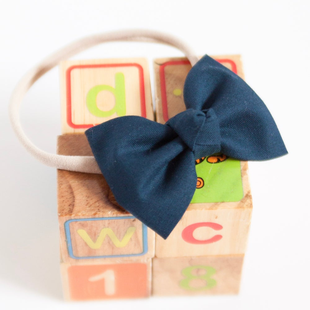 Image of Signature Navy Knotted Bow Headband