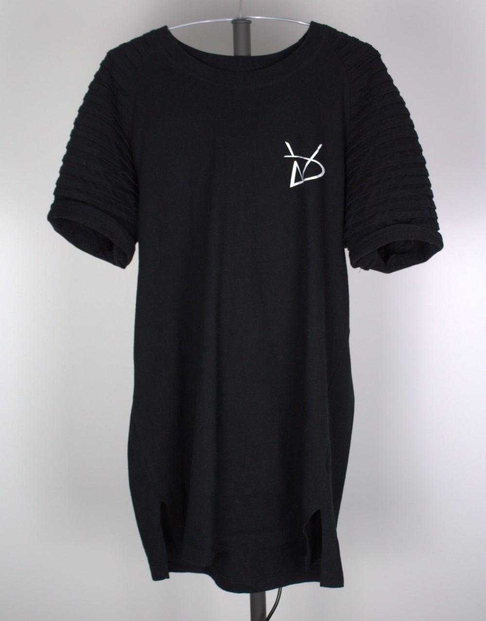 Image of Lion Shirt BLK/GRN